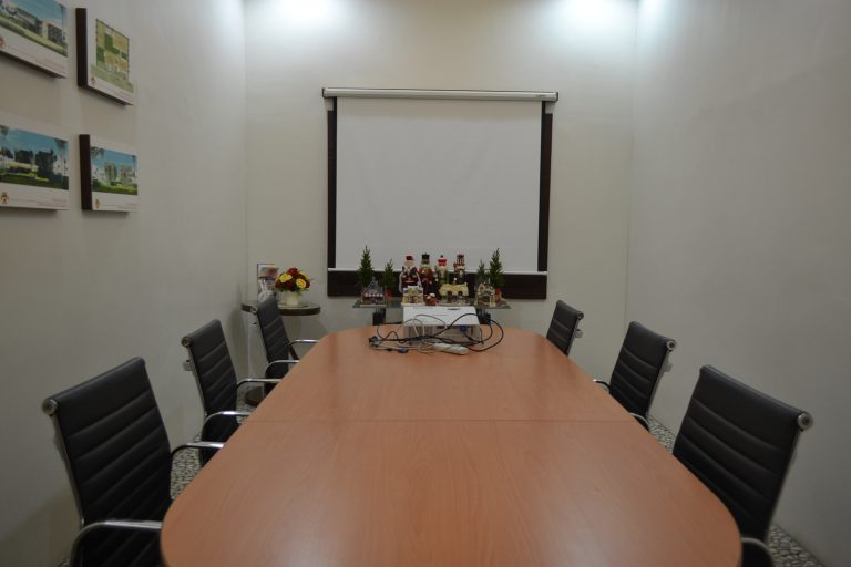 Conference Room Photo 6